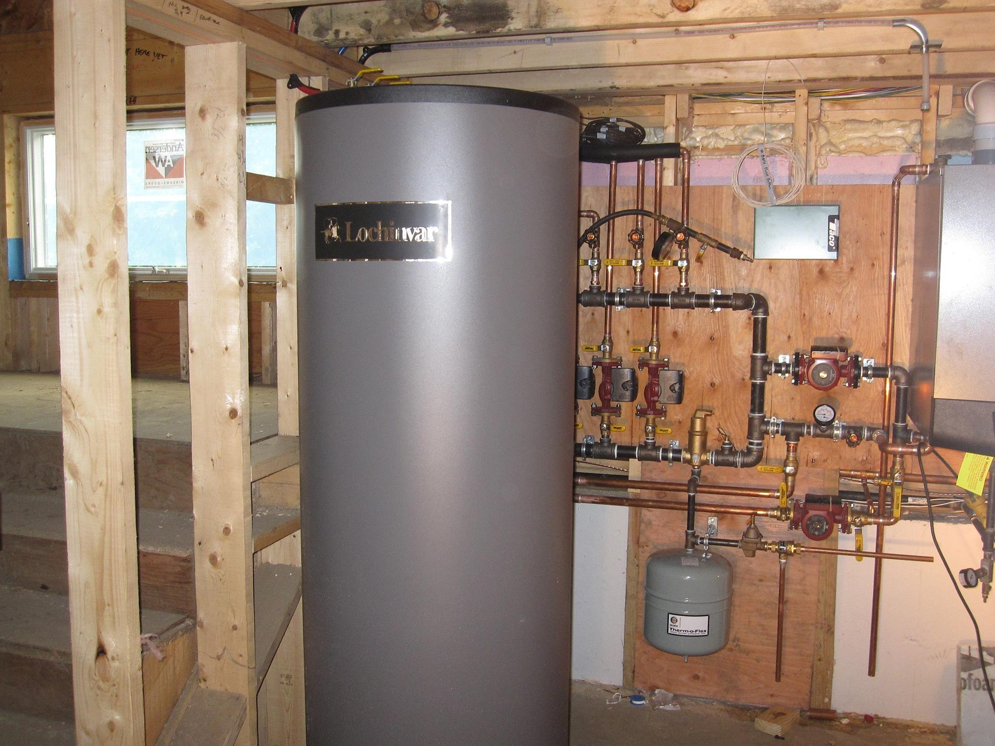 Wall Mounted High Eff FHW Gas Boiler with Indirect HW Tank