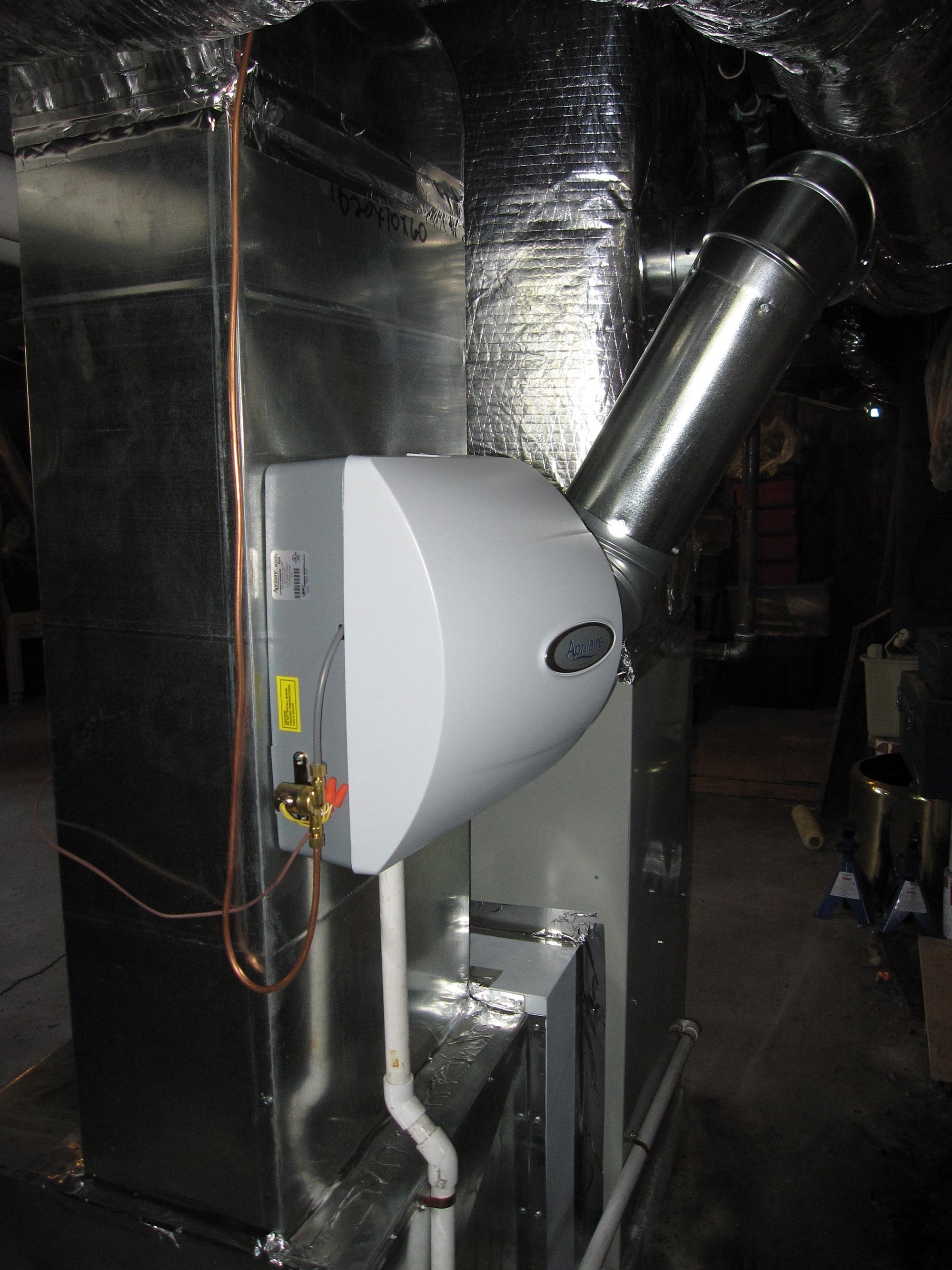 Gas Furnace with Air Cleaner and Humidifer