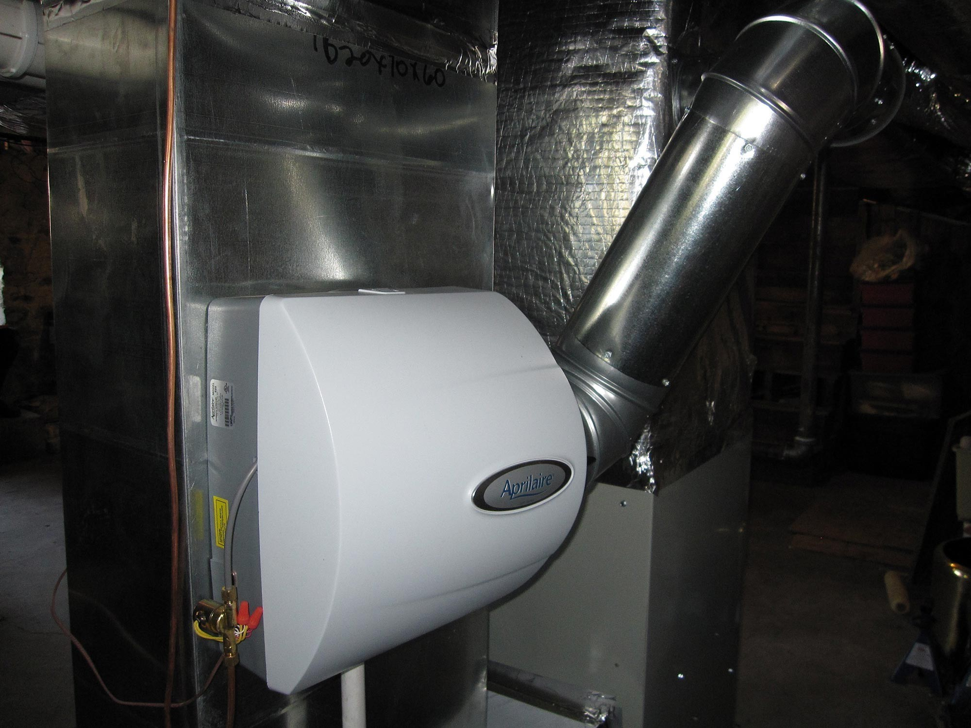 Furnace Air Cleaners : Gas furnace with air cleaner and humidifier cooling